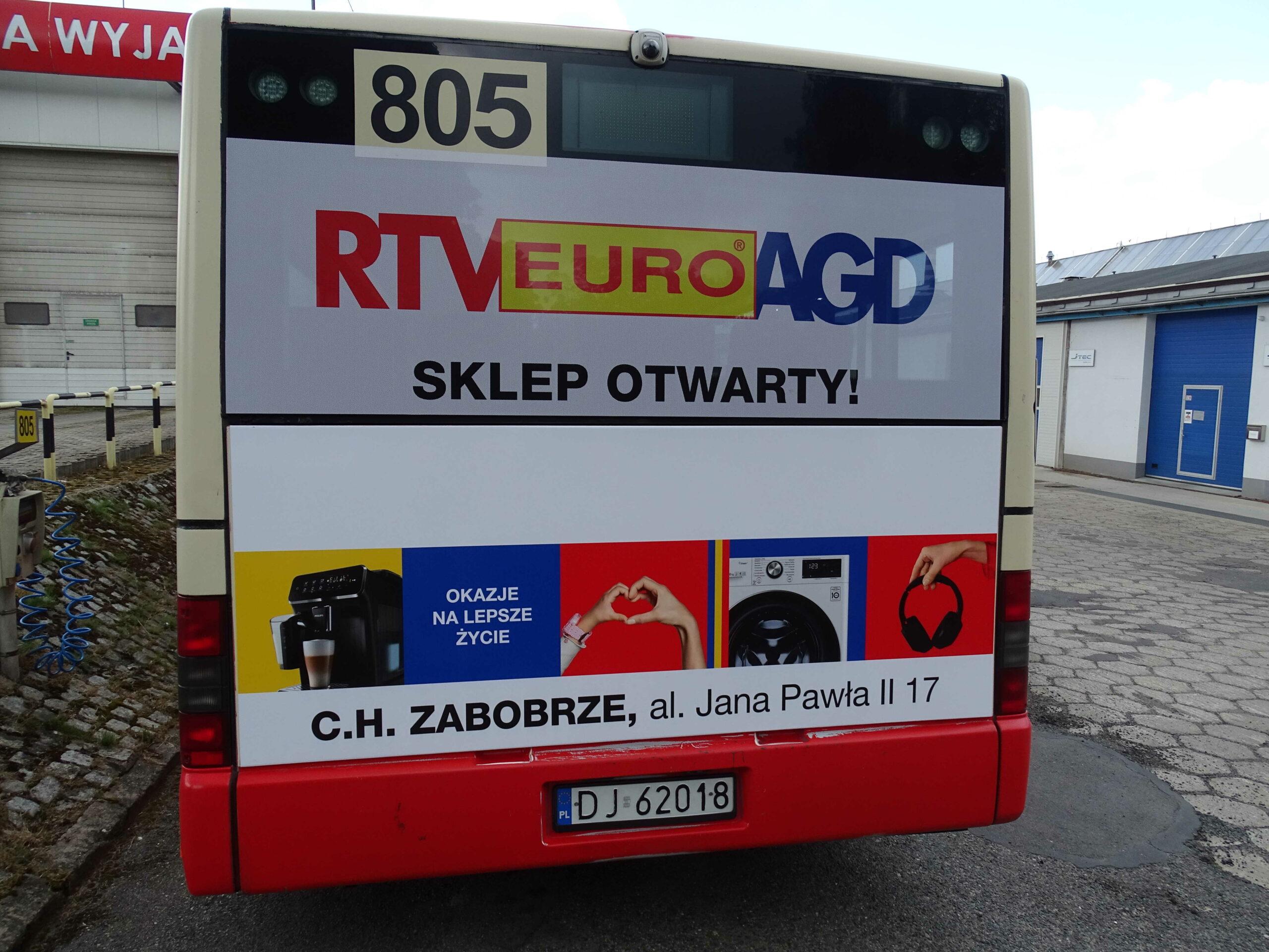 Reklama na tyle autobusu - busback